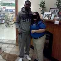 Mike Vick takes his dog to training class. Noteworthy?
