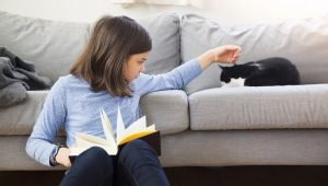7 Ways Kids Can Bond With Their Cats This Summer